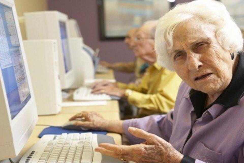 Top Idee regalo tecnologiche. Quali le più adatte agli anziani HZ06